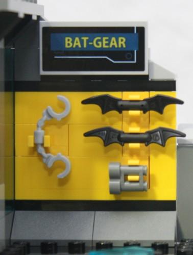 Bat-Gear