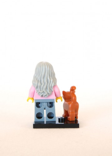 The LEGO Movie Minifigures - Mrs. Scratchen-Post 2