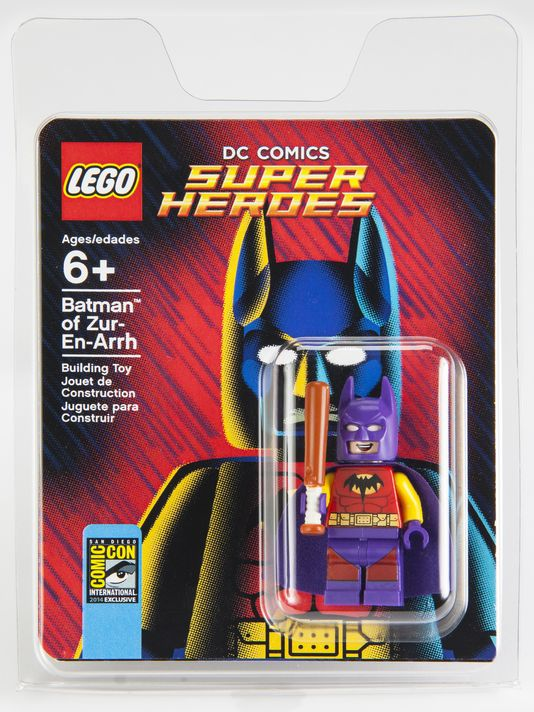 Comic-Con-Minifigure-Packaging
