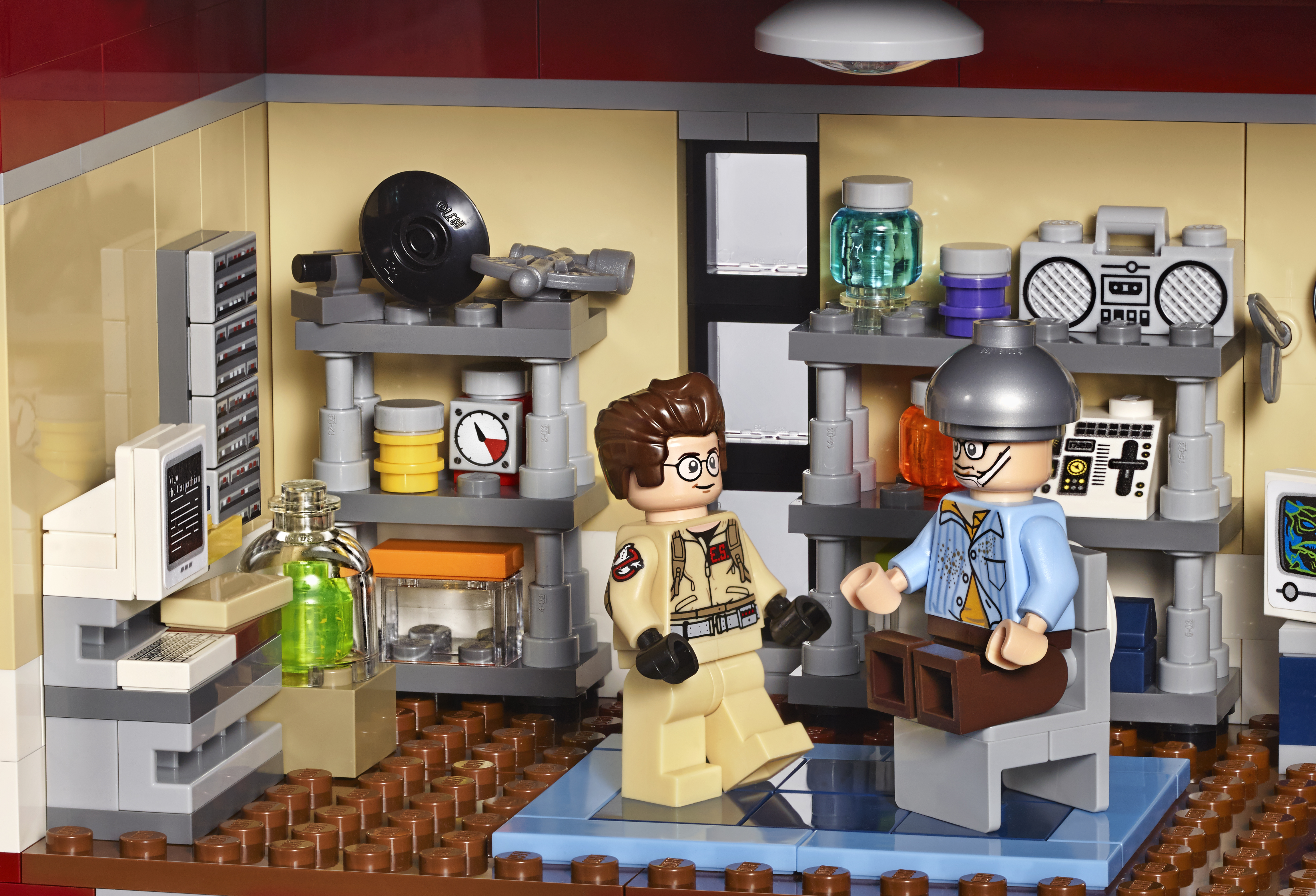 LEGO Ghostbusters News LEGO Ghostbusters  Firehouse - Lego house interior