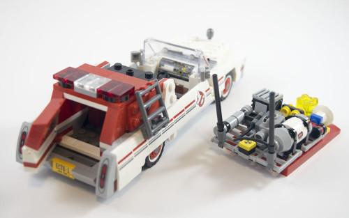 75828-ecto-1-opened
