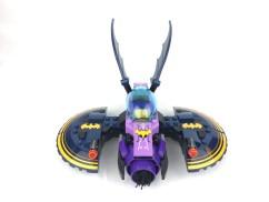 41230-batgirl-batjet-chase-10