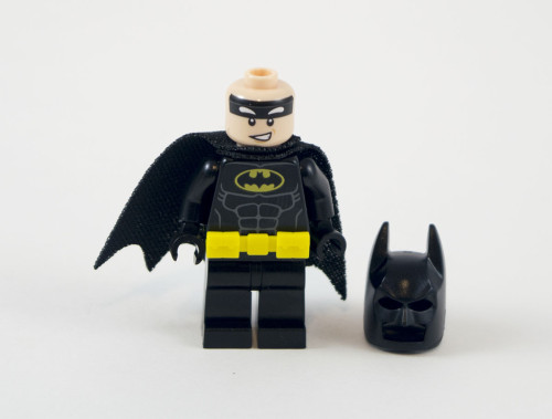 70901-batman-cowl-off