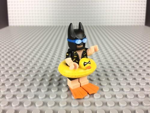 71017-inflatable-duck-batman-1