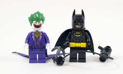 70900-the-joker-balloon-escape-minifigures