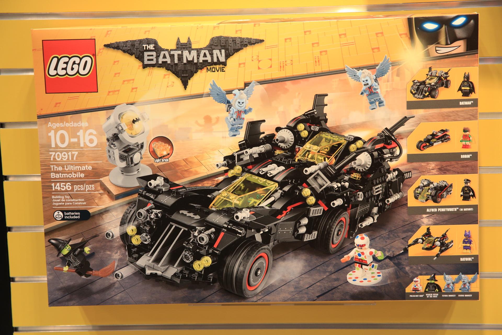 Lego New York Toy Fair Set Images The Brick Fan