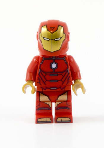 76077 Iron Man