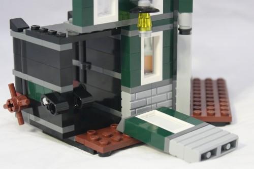 Bank - Broken Wall