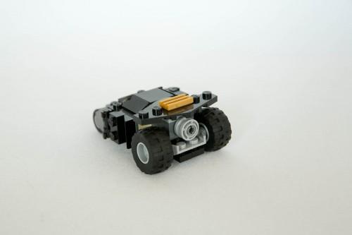 30300 Batman Tumbler-2