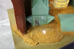 LEGO Smaug Statue 1