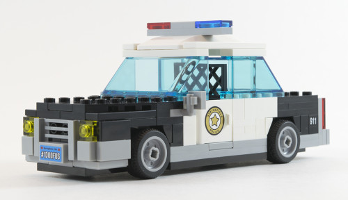 71016 Police Car