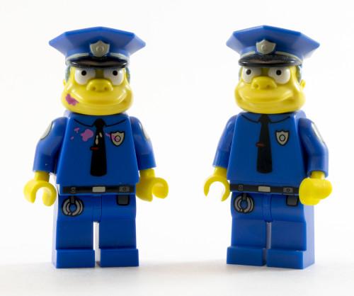 71016 Police Chief Wiggum Comparison