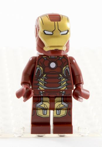 76032 Iron Man