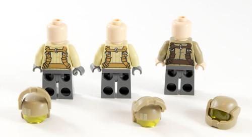 75131 Resistance Troopers Back