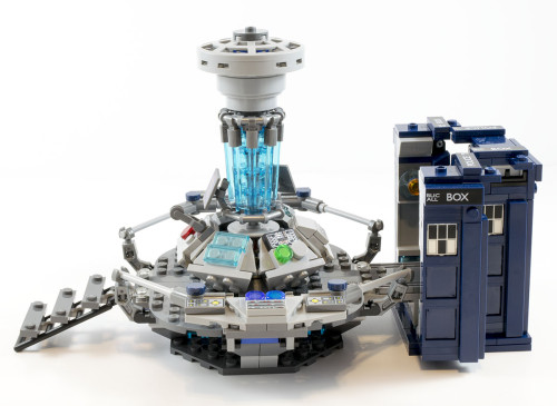 21304 TARDIS and Control Console Right Side