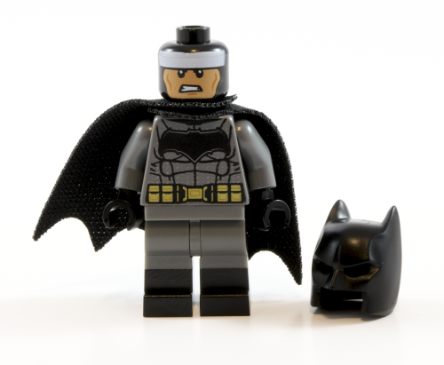 76045 Batman Cowl Off