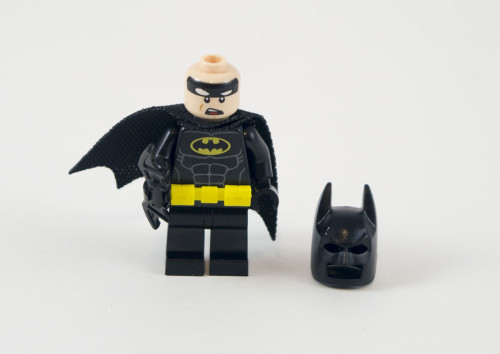 70905-batman-cowl-off