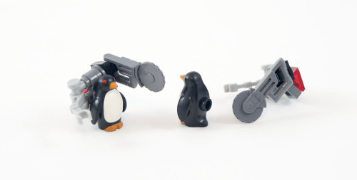 70909-hench-penguins