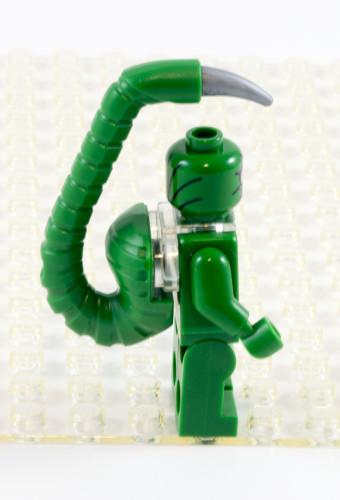 76057-scorpion-side