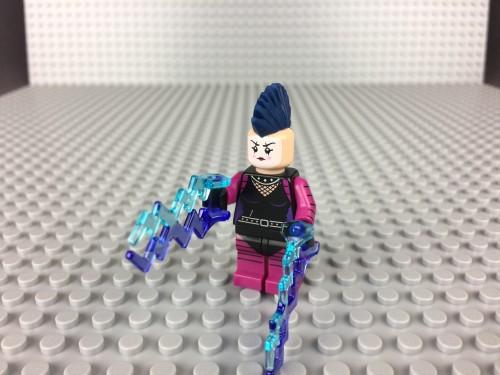 71017-lightning-babe-1