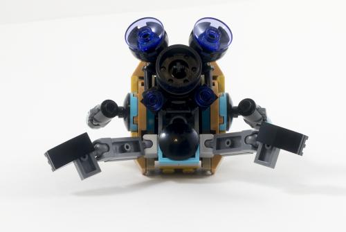 76080 Ayesha's Revenge Golden Drone Back