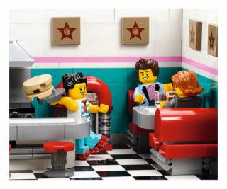 10260 Downtown Diner Back 08