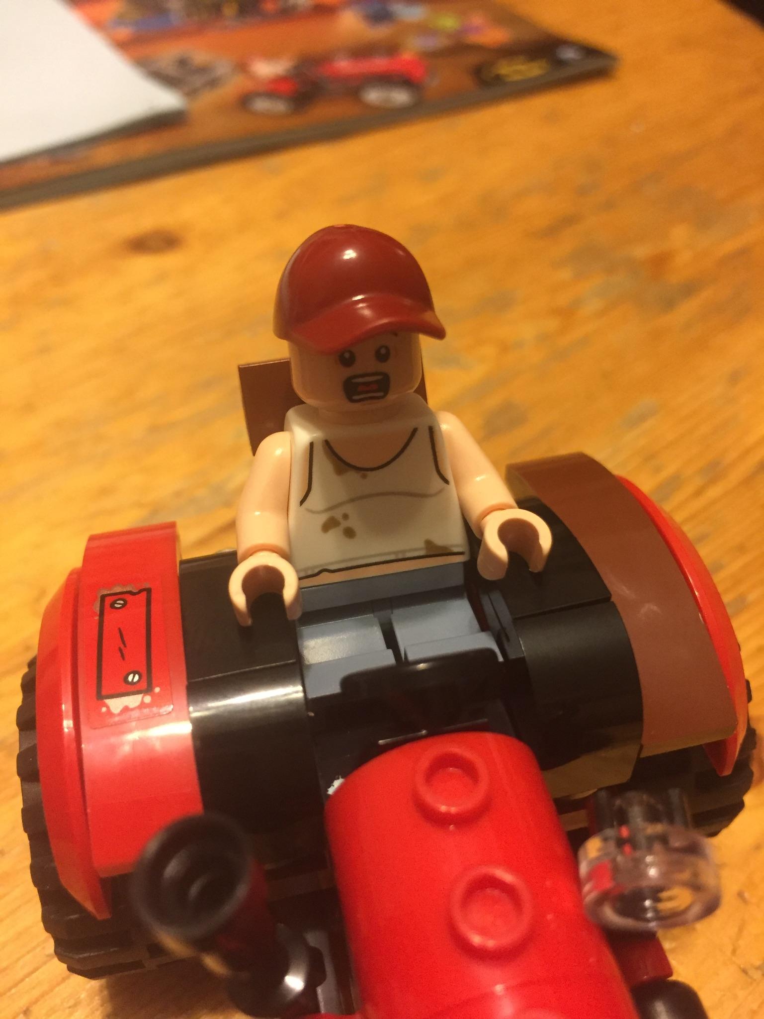 Lego 76054 City Farm Tractor /& Farmer minifigure ONLY Harvest Of Fear Set New